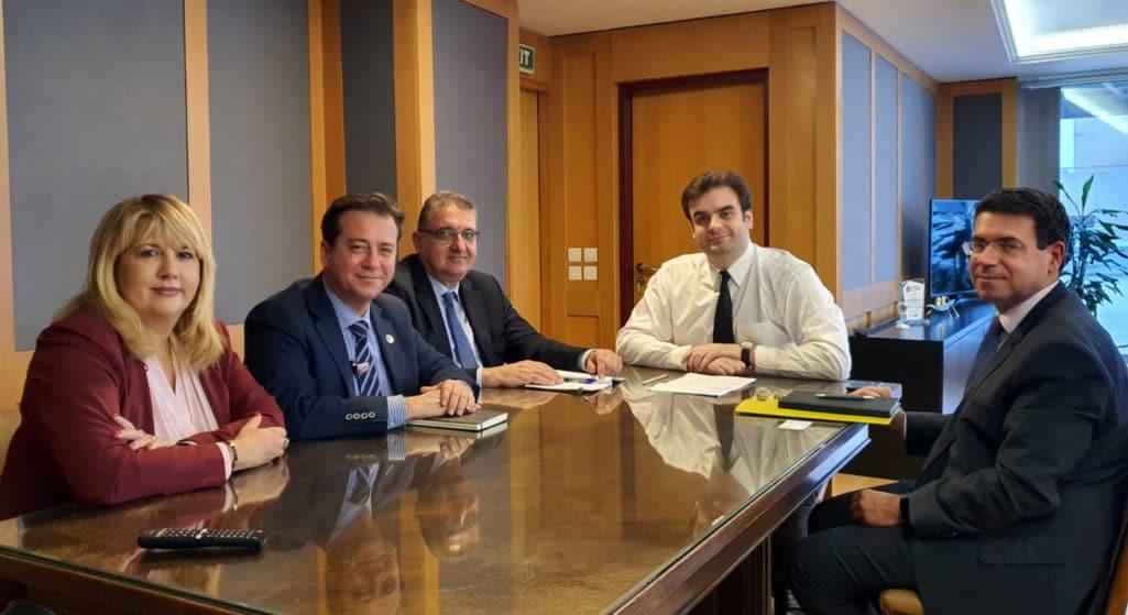 Συνάντηση με τον υπουργό Επικρατείας και Ψηφιακής Διακυβέρνησης, Κυριάκο Πιερρακάκη και τον Γενικό Γραμματέα Πληροφοριακών Συστημάτων, Δημοσθένη Αναγνωστόπουλο, είχε το Προεδρείο του Πανελλήνιου Ιατρικού Συλλόγου (ΠΙΣ)