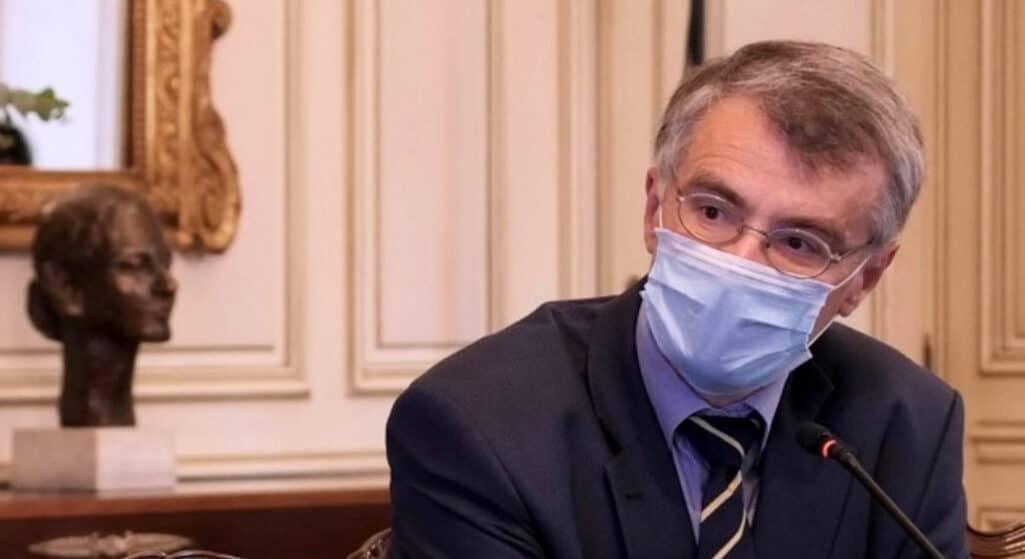 Ο Σωτήρης Τσιόδρας αναλαμβάνει επικεφαλής ομάδας 60 κορυφαίων ακαδημαϊκών επιστημόνων στη νεοσύστατη «Επιτροπή Δημόσιας Υγείας και Αντιμετώπισης της Πανδημίας», που ανακοινώθηκε από την Ιατρική Σχολή του ΕΚΠΑ.