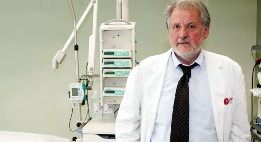 Τον πρώτο θάνατο ασθενούς ο οποίος είχε εμβολιαστεί και με τις δύο δόσεις για τον κορωνοϊό, ενώ δεν είχε και υποκείμενα νοσήματα γνωστοποίησε σε τηλεοπτική του συνέντευξη ο διευθυντής Β' ΜΕΘ στο νοσοκομείο Παπανικολάου, Νίκος Καπραβέλος.