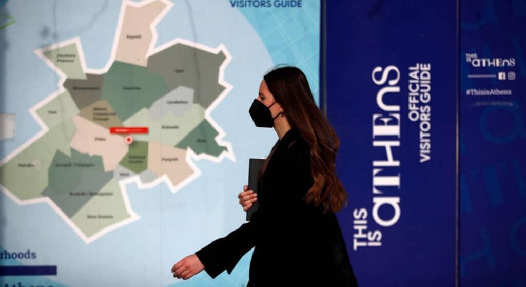 Προς μίνι lockdown οδεύουν κι άλλες Περιφερειακές Ενότητες της χώρας, σύμφωνα με τον επιδημιολογικό χάρτη, καθώς στο «κόκκινο» βρίσκονται οι Ενότητες: Πέλλας, Ημαθίας, Πιερίας και Καβάλας.