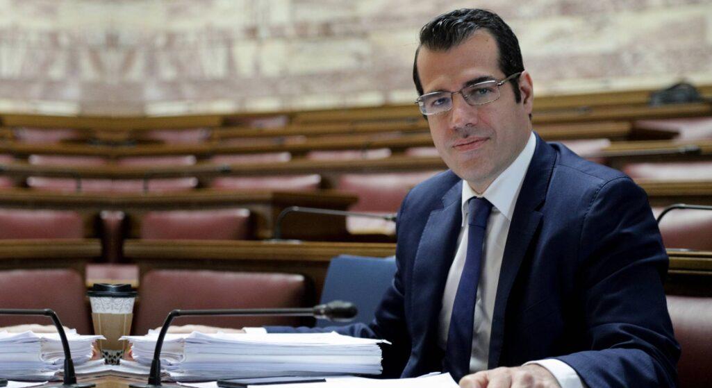 «Η πανδημία ανέδειξε τα κενά στον τομέα των φαρμάκων, όπως τις ελλείψεις σε νέα αντιβιοτικά για την αντιμετώπιση της μικροβιακής αντοχής» όπως τόνισε ουπουργός Υγείας Θάνος Πλεύρης στο Άτυπο Συμβούλιο των Υπουργών Υγείας των κρατών-μελών της Ευρωπαϊκής Ένωσης, που πραγματοποιήθηκε την Τρίτη υπό την προεδρία της Σλοβενίας.
