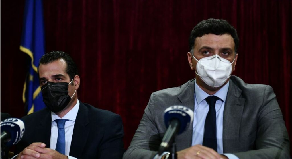 Λακωνικός ήταν ο απερχόμενος υπουργός Υγείας Βασίλης Κικίλιας, κατά την τελετή παράδοσης παραλαβής στον νέο υπουργό Θάνο Πλεύρη.