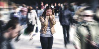 Κρίση πανικού: Ποια είναι τα πιθανά συμπτώματα και πόσο διαρκούν