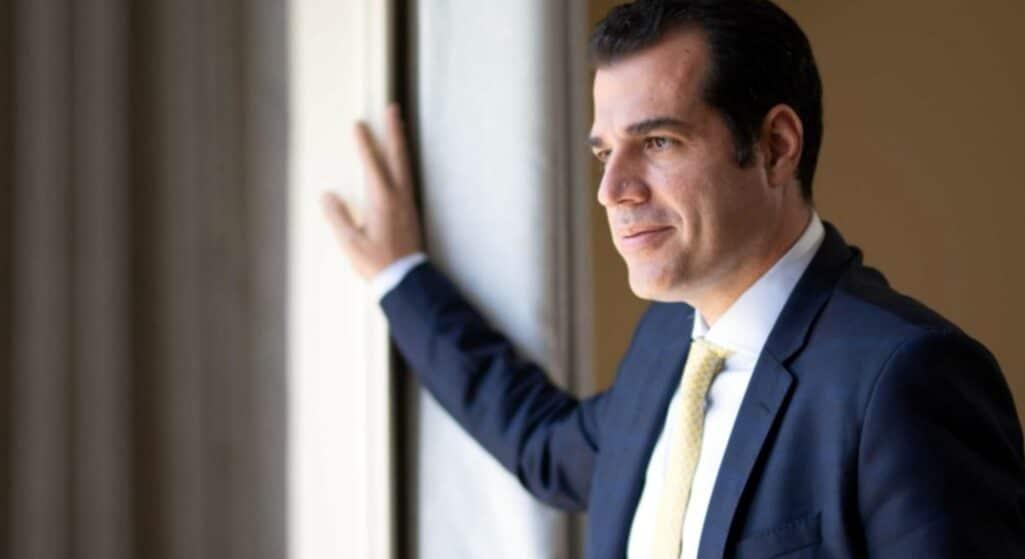 «Αδιάβαστος εμφανίστηκε ο Τσίπρας για τα θέματα του υπουργείου Υγείας», αναφέρει σε δήλωση - απάντηση του ο υπουργός Υγείας Θάνος Πλεύρης στον αρχηγό της αξιωματικής αντιπολίτευσης Αλέξη Τσίπρα.